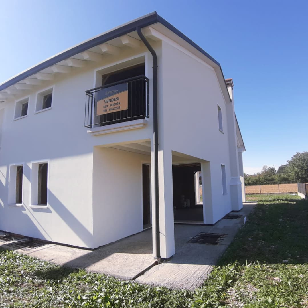 case in vendita Trevignano